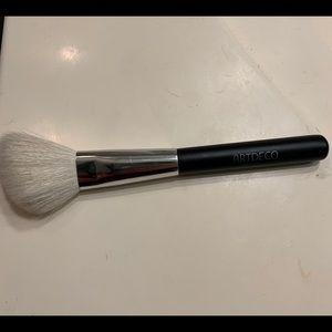 2/$15 ARTDECO Angled Blush Brush